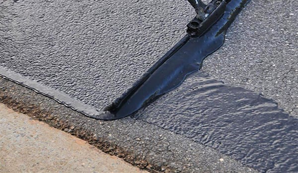 Tampa Bay Asphalt and Pavement Seal Coating & Top Coating Services